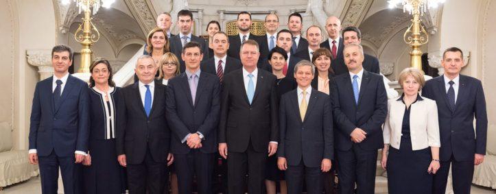 - Prima imagine cu noul guvern -